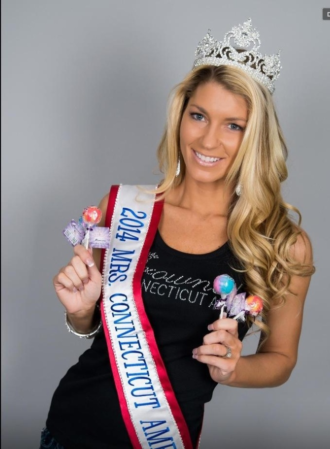 Photo of Kimberly Beaudoin - Mrs. Connecticut America 2014 These pops always sweeten my day.. Just had to try them before my boys do..