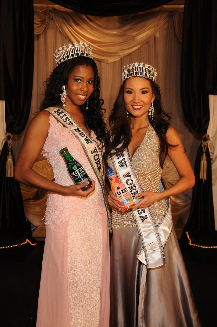 Tracey Chang (right) and Dani Roundtree (left)